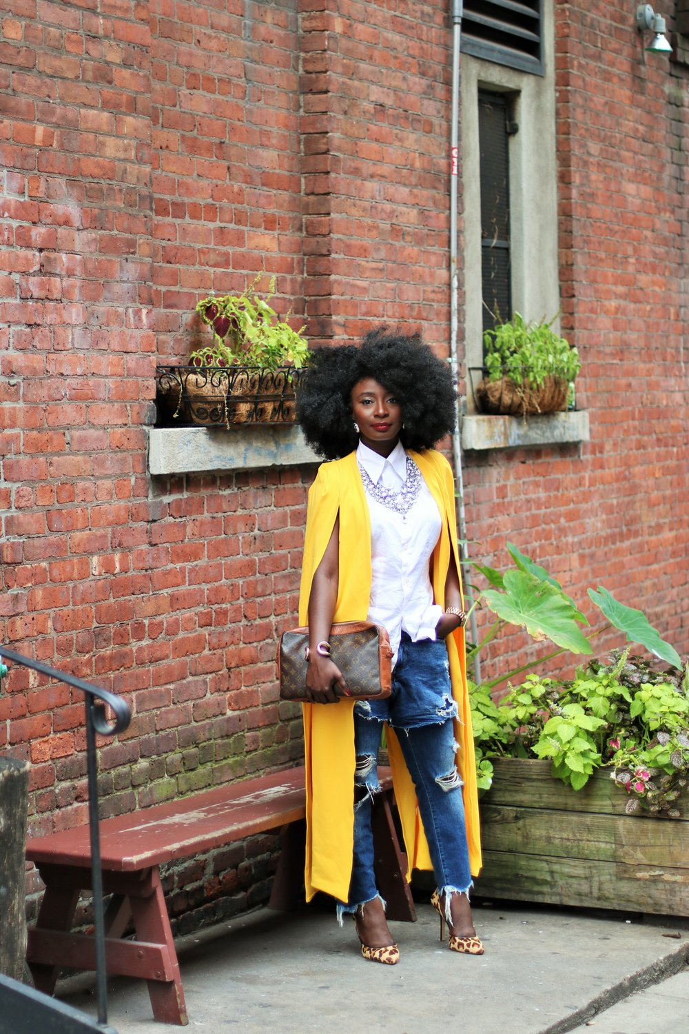 Yellow-Coat-Outfit-Ideas