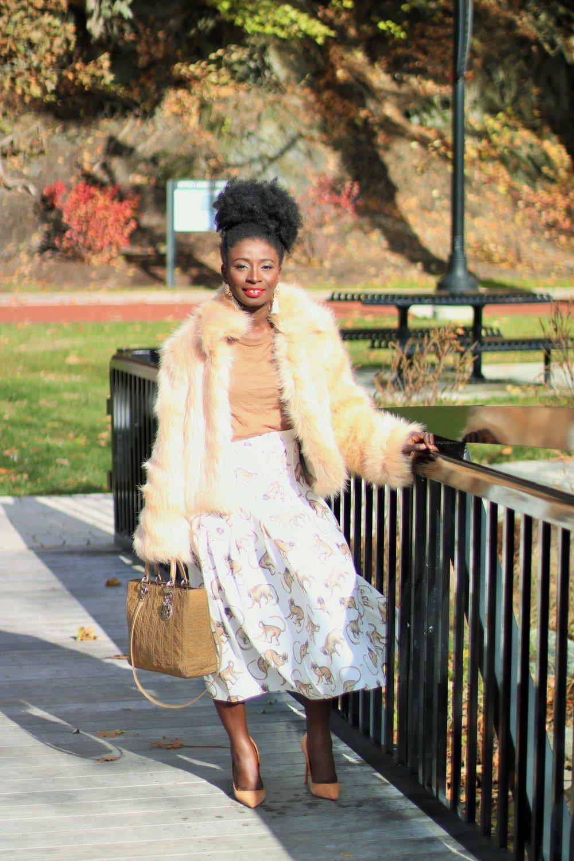 Street-Style-Faux-Fur-Coat