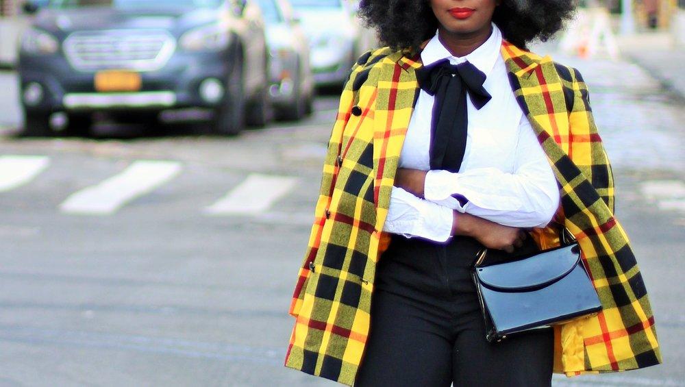 Plaid-Blazer-Outfit-Ideas