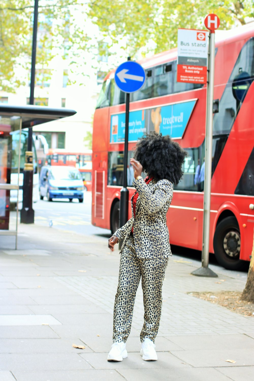 Street_Style_Leopard_Suits