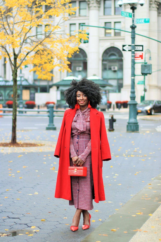 Red-Coat-Ladies