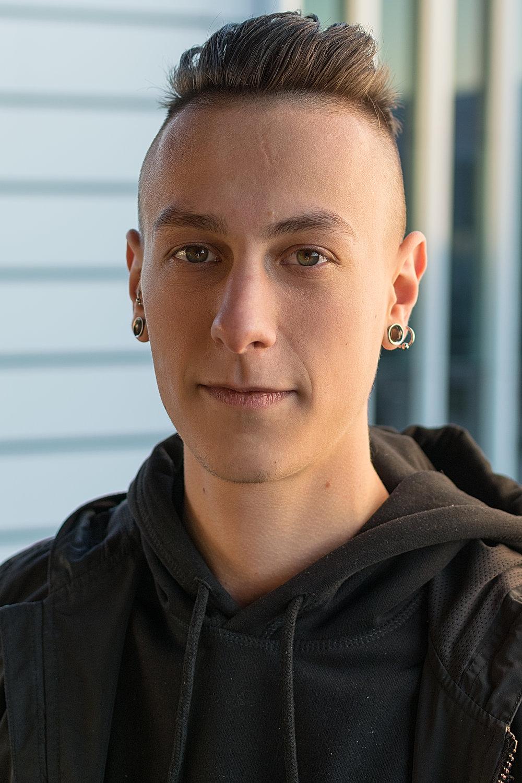 Adrian ConeteVideo Producer - adrian@alumnieurope.org