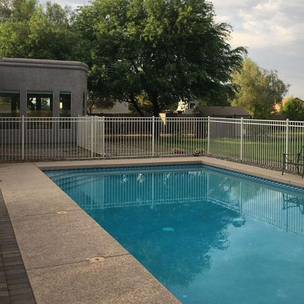 custom-pool-fence.jpg