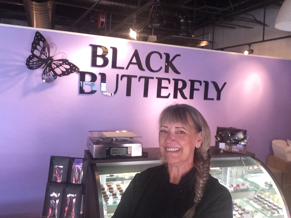 - We talked with chocolate maker Tracy Taylor who recently opened Black Butterfly Chocolates in downtown Prescott.Whether you like your chocolate sweet and milky or dark and compelling, you'll learn there's a lot more to chocolate than what you find in the grocery store aisle.Join us for She's All That, radio for women, Saturdays at 11 and Sundays at 1230 on Prescott Public Radio: 90.1 or 89.5 FM.