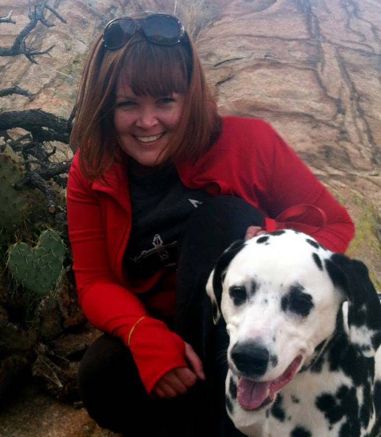 - On this episode of She's All That, we're talking with Terri Davis who is the marketing and design human for The Yavapai Humane Society. The humane society has a variety of programs to help place critters and to support people who already have critters at home. We'll be talking to Terri about these programs, including some new ones and will also get a glimpse into her career.