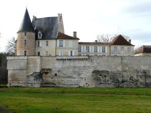 1024px-Lamonzie-Montastruc_château_Montastruc_(1)