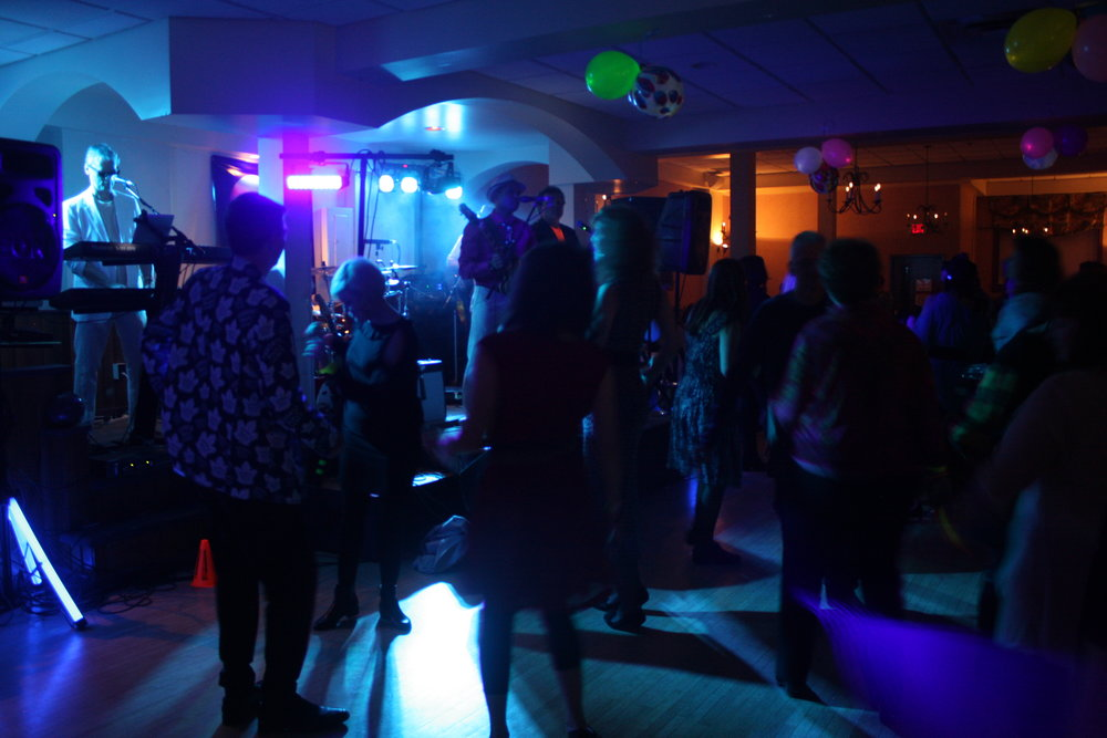 Packed dance floor - Photo by Elissa Den Hoed. Courtesy SnapdKW