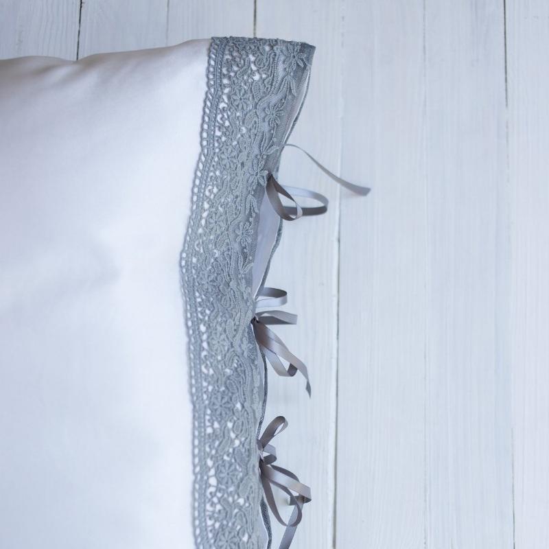 Dream in Silk, £34