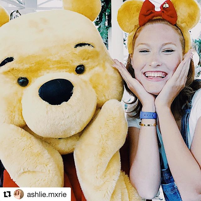 Thanks to @ashlie.mxrie for tagging us in this fun pic with Pooh Bear! ・・・ Honey Honey Honey🍯 #poohbear #winniethepooh #mouseears #disneystyle #modernmouseboutique #disneyears #mickeyears