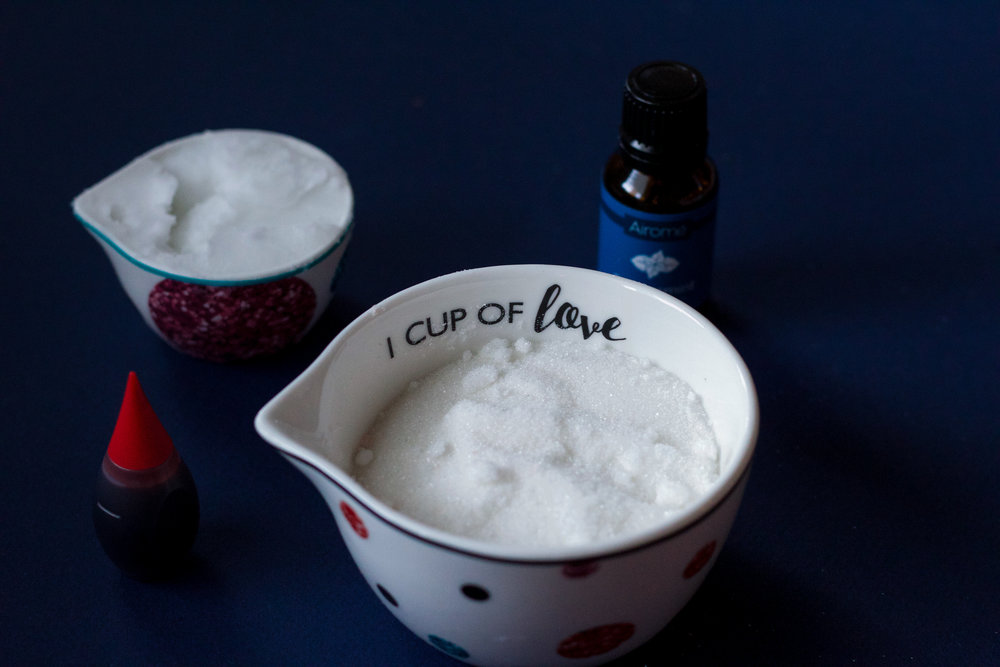 Peppermint Sugar Scrub | The Simplistic Chic