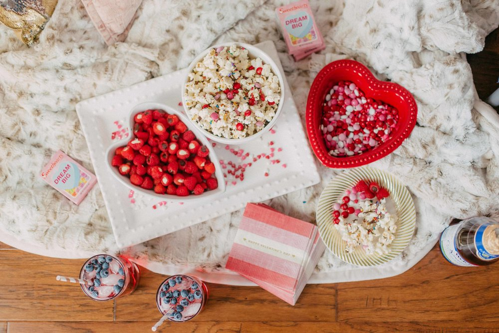 Galentines Day | The Simplistic Chic