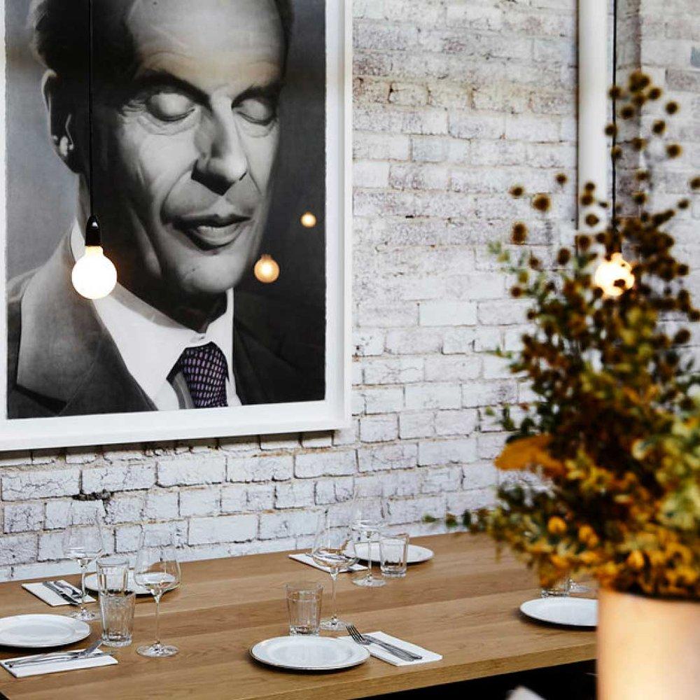 HOST DINING