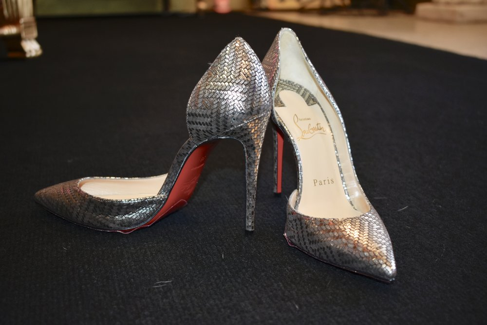 a new pair Louboutins in pewter and bronze!