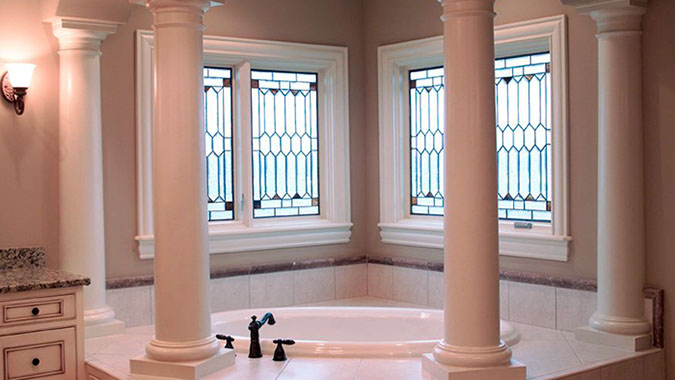 Glass design bathtub columns