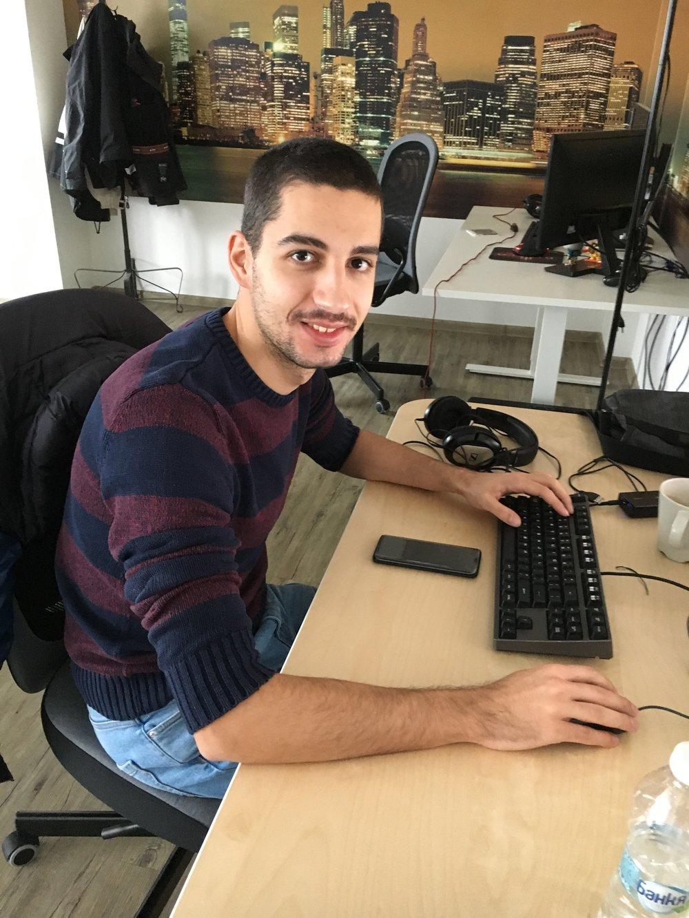 Anton - Programmer