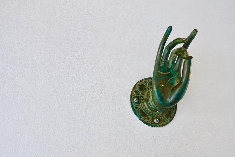 green hand .jpg