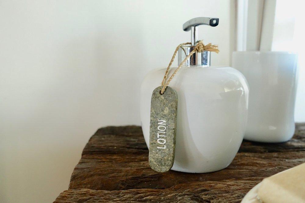 bathroom details lotion.jpg
