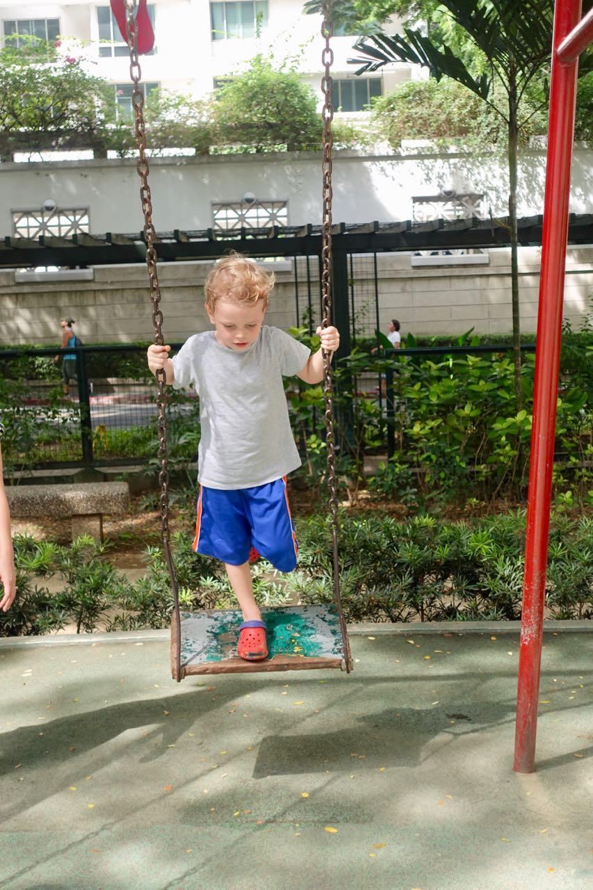 Makulit swing