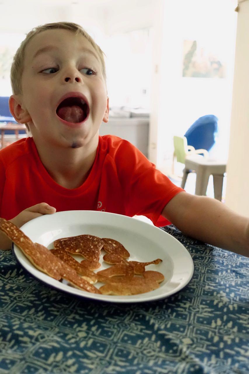oz devours pancakes