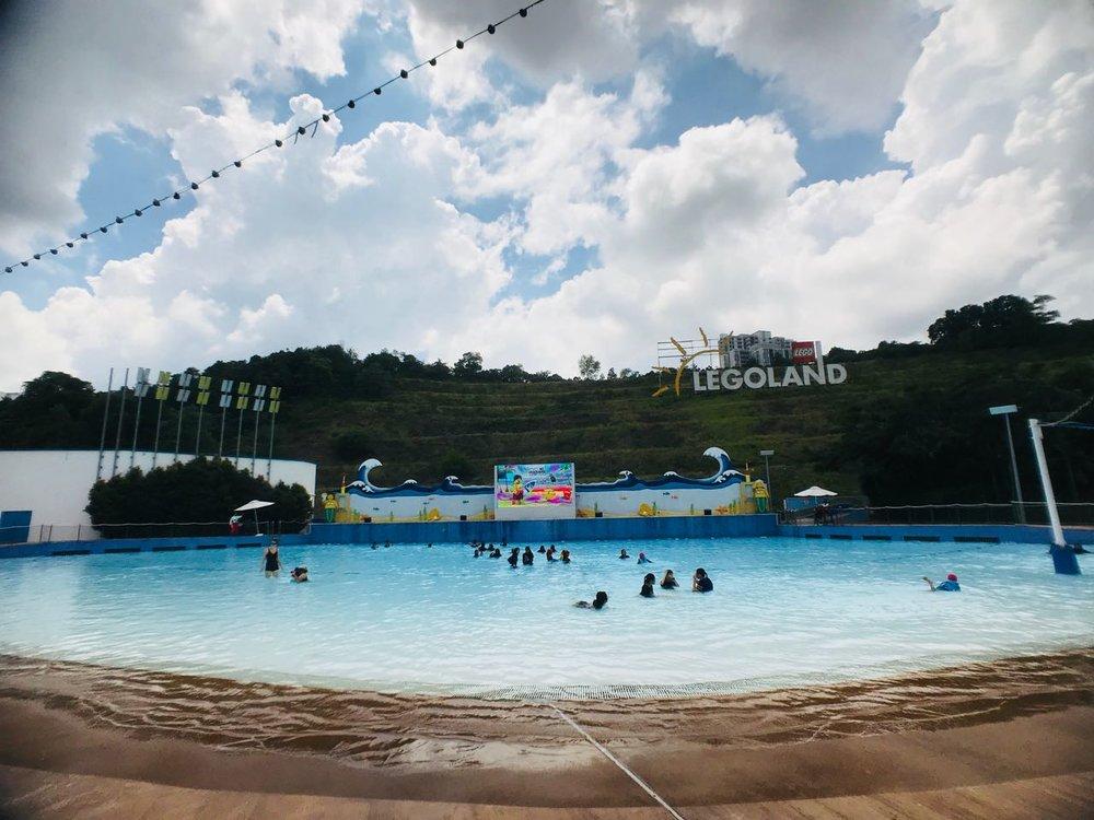 large pool.jpg