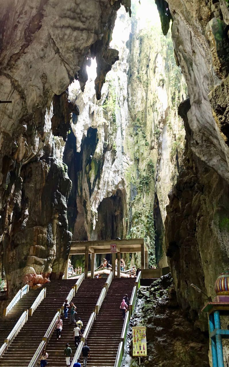 batu cave v.jpg