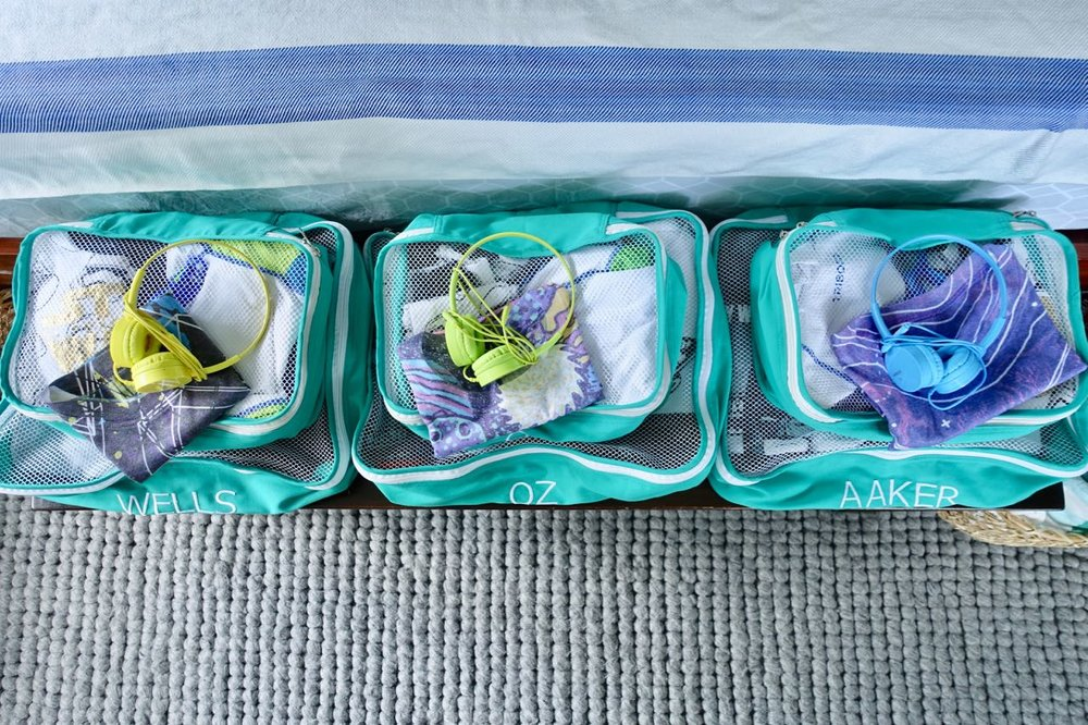 Packing Sets - embroidered packing cubes for the win!