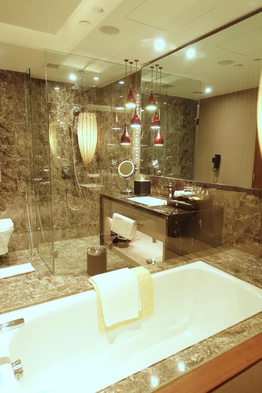 bathtub ll
