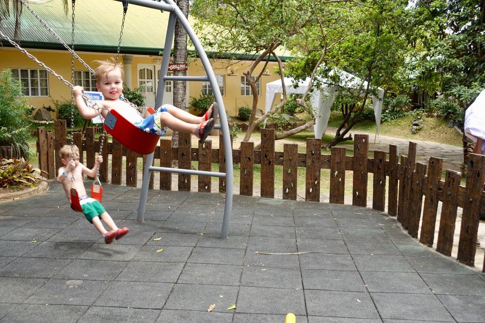 swing i.jpg