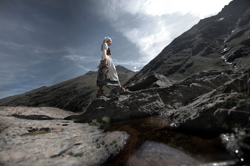 Anna auf dem Fels Foto Lorenzi.jpg