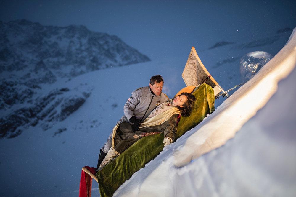 Dido und Aeneas im Bett Foto Lorenzi.jpg