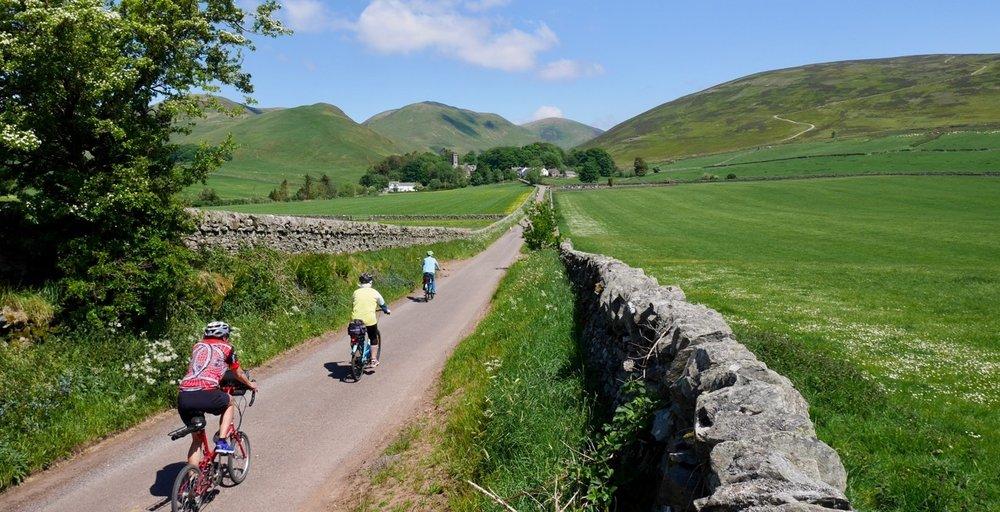 Drama in Landschaft & Geschichte - Eine Tour fuer Travelling Britain