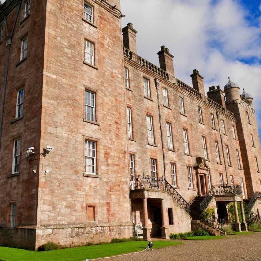 Castles & Coast Tour -