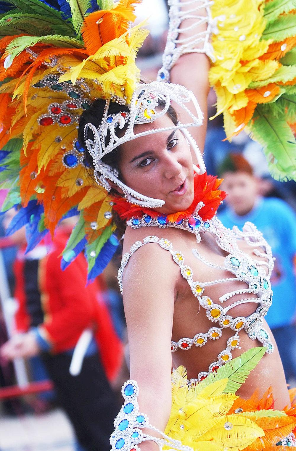 Desfile 2006  Carnaval Sesimbra 010.jpg