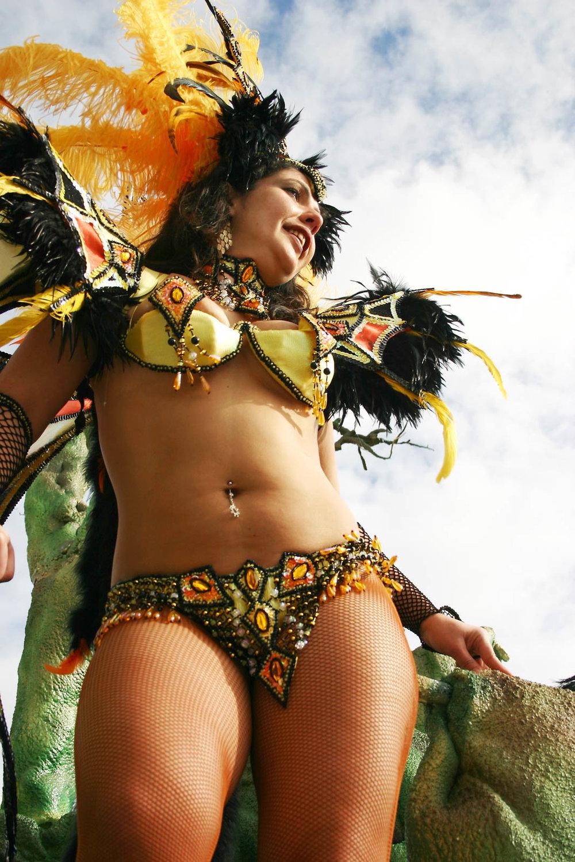 Desfile 2007 Carnaval Sesimbra004.jpg