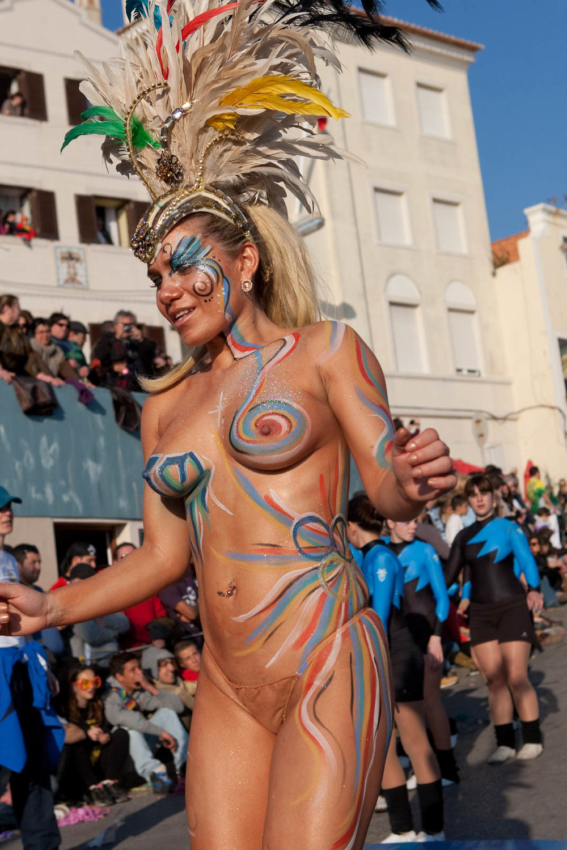 Desfile Carnaval 2012 Sesimbra001.jpg
