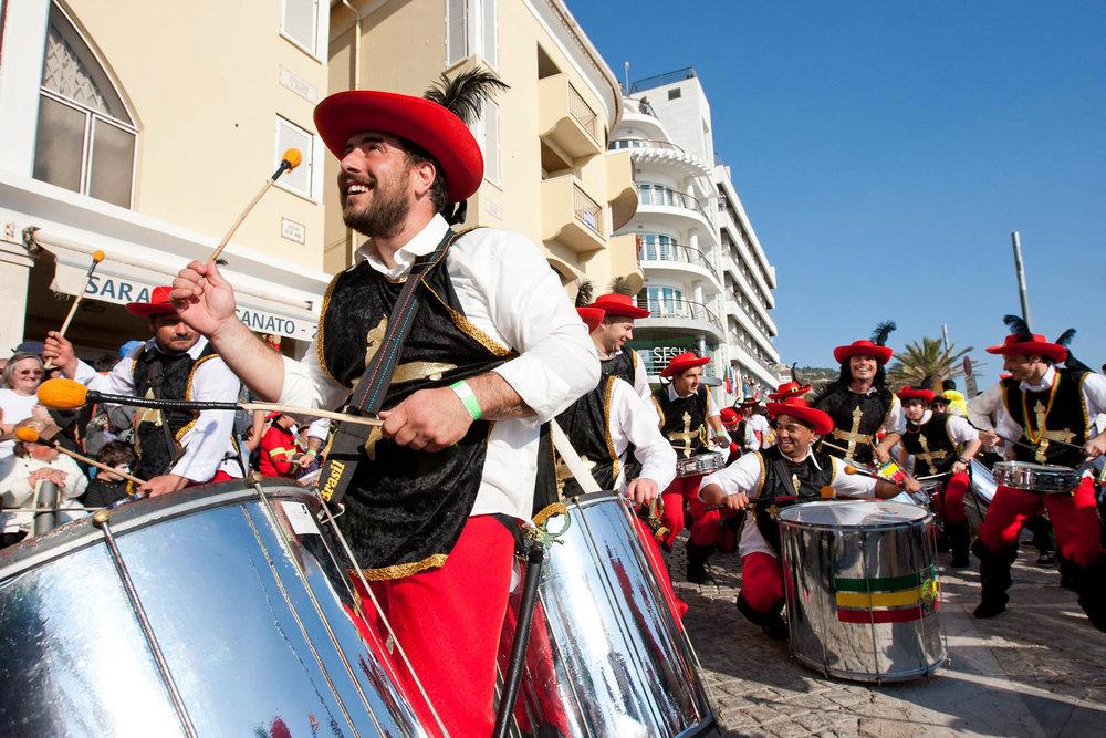 Desfile Carnaval 2012 Sesimbra004.jpg