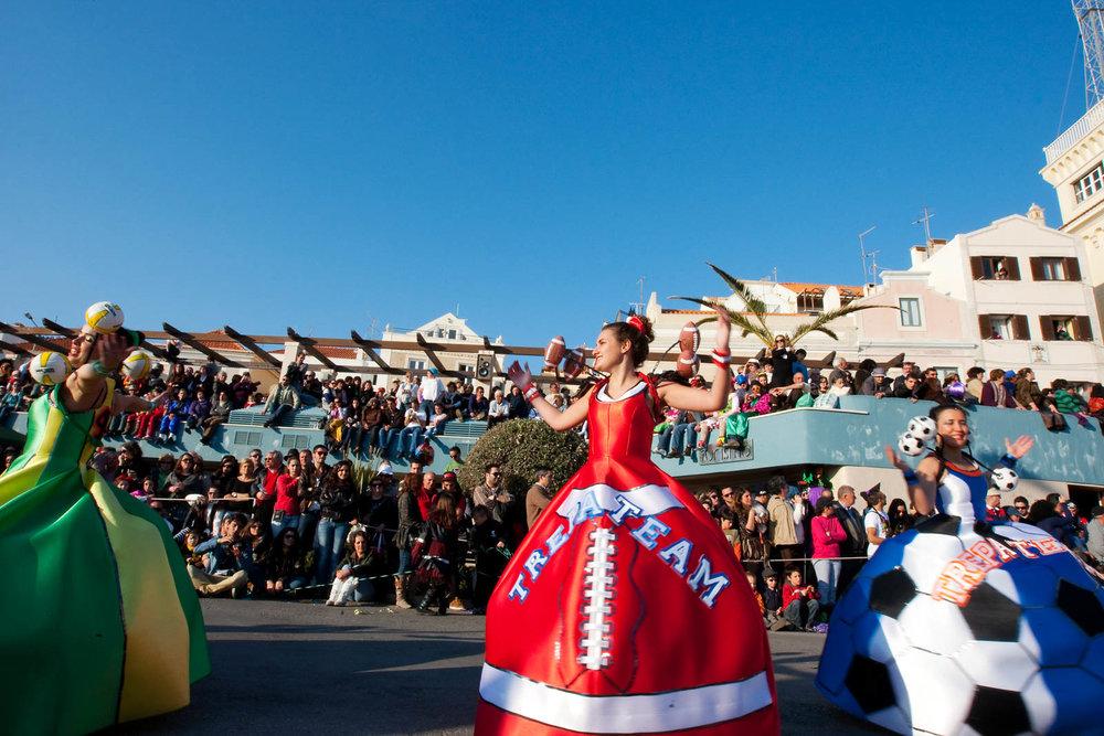 Desfile Carnaval 2012 Sesimbra009.jpg