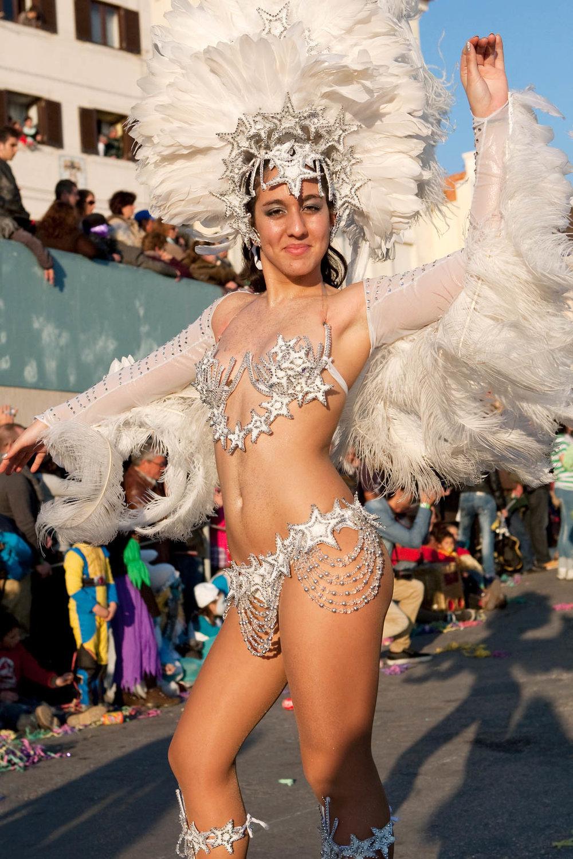 Desfile Carnaval 2012 Sesimbra032.jpg