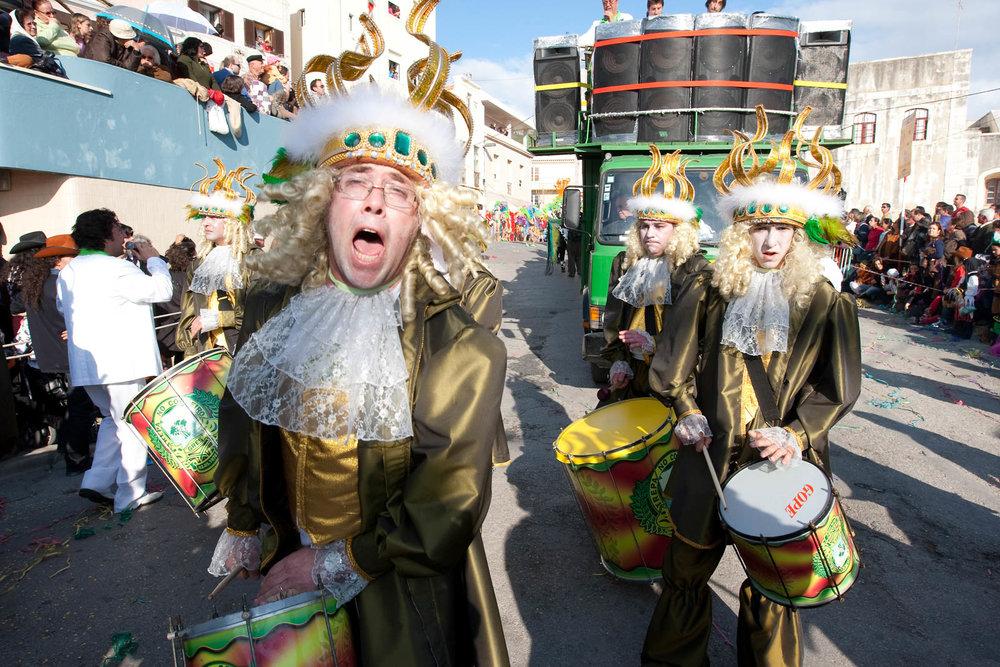 desfile carnaval sesimbra samba002.jpg
