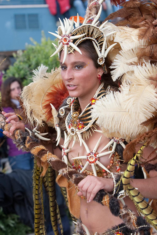 desfile carnaval sesimbra samba008.jpg