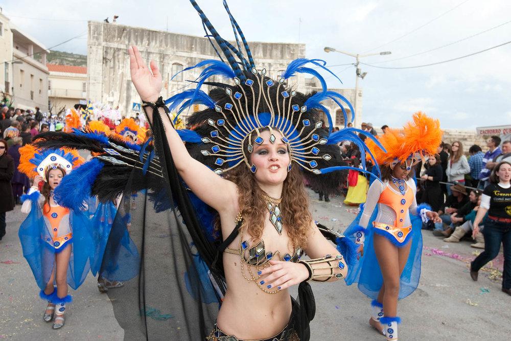 desfile carnaval sesimbra samba024.jpg