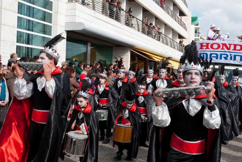 desfile carnaval sesimbra samba035.jpg