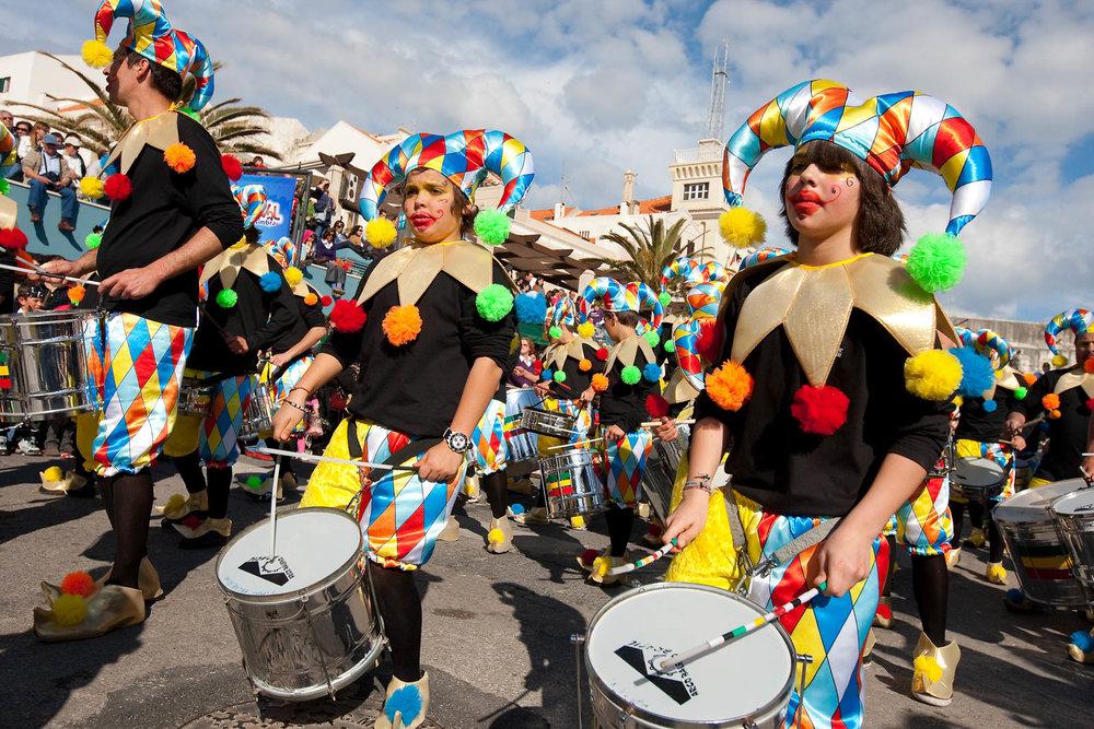 desfile carnaval sesimbra samba040.jpg