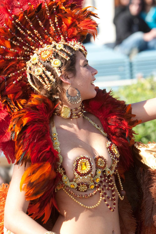 desfile carnaval sesimbra samba044.jpg