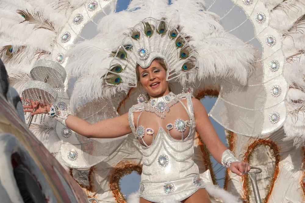 desfile carnaval sesimbra samba053.jpg