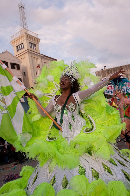 desfile carnaval sesimbra samba056.jpg
