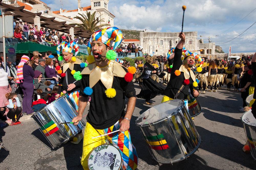 desfile carnaval sesimbra samba065.jpg