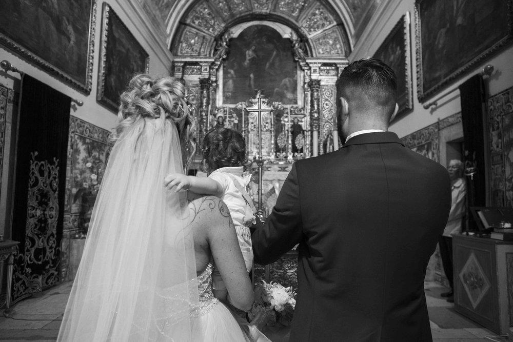 Bride kid andr groom