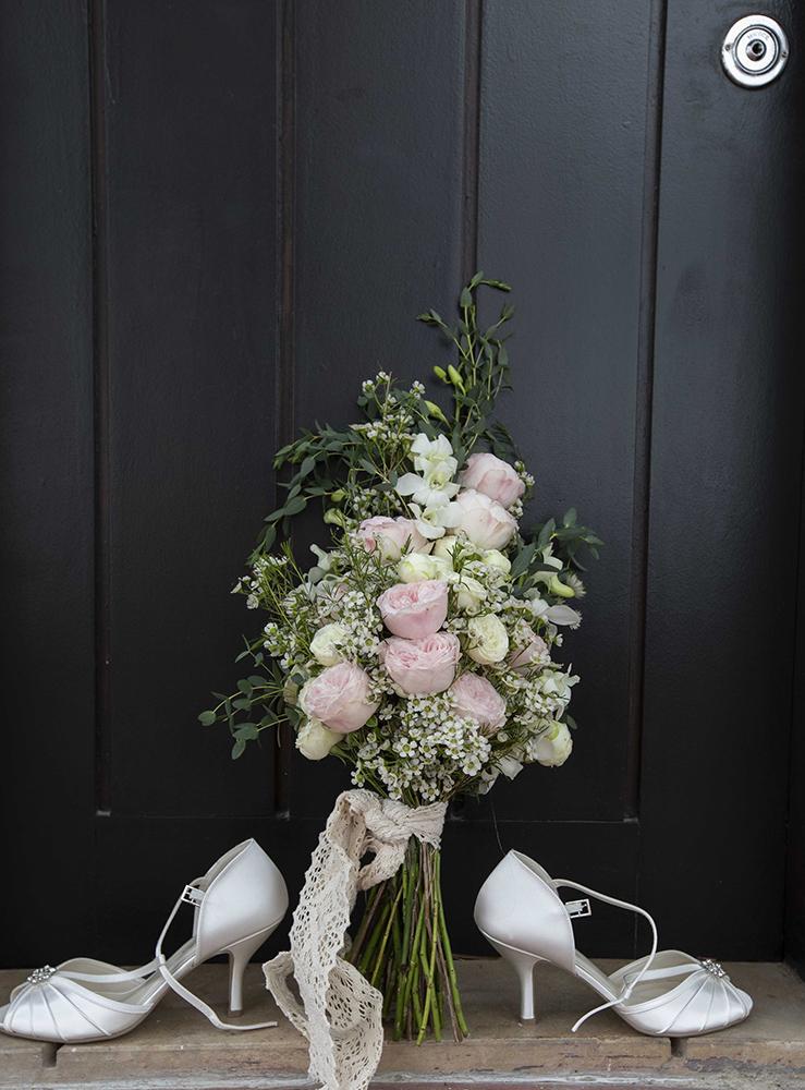 flowers bride