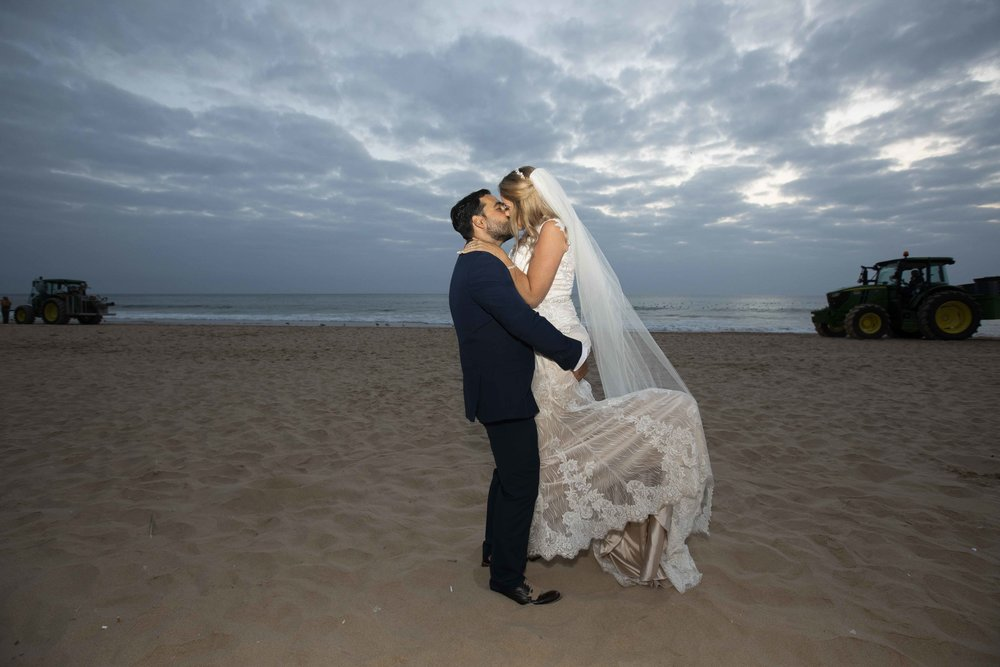 kiss beach wedding